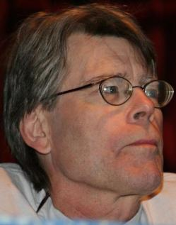 "Stephen King habla en su libro ""On writing"" sobre el oficio de escritor con brillantez"
