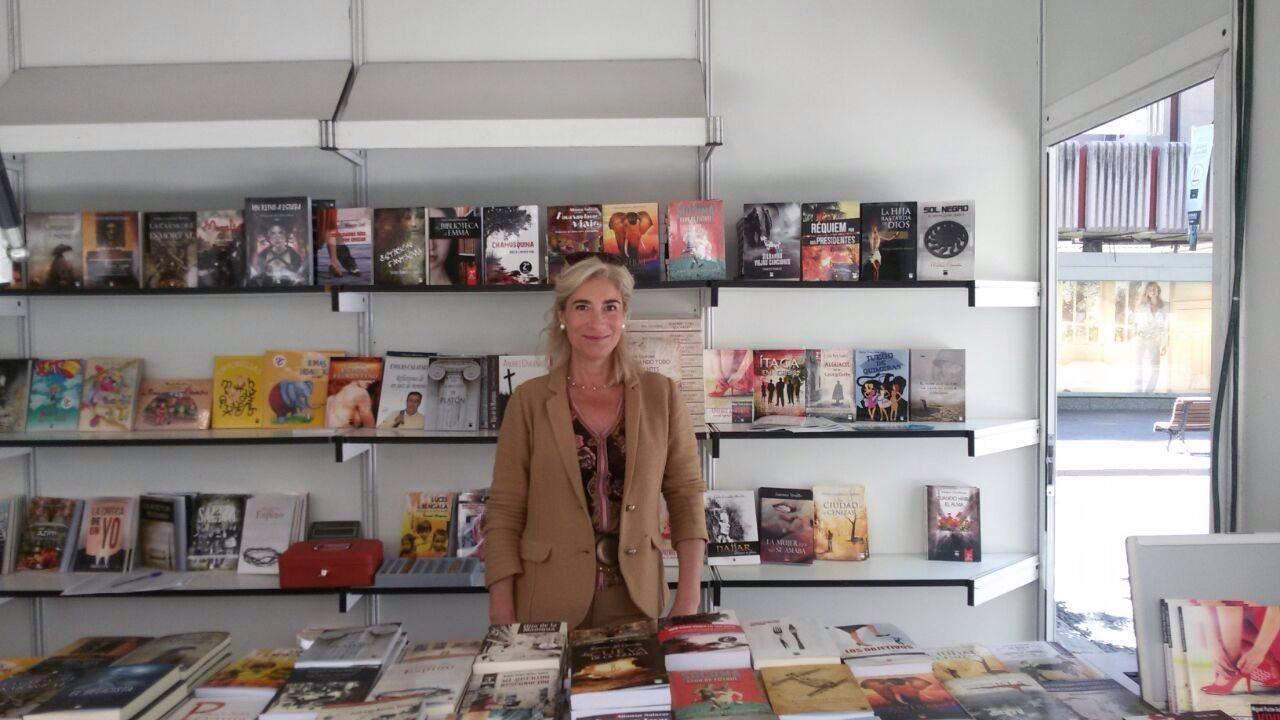 Najjar , dibújame en pólvora en la Feria del Libro de Granada / Fuente:  Editoriall Dauro