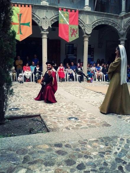 María de Molina observa al juglar